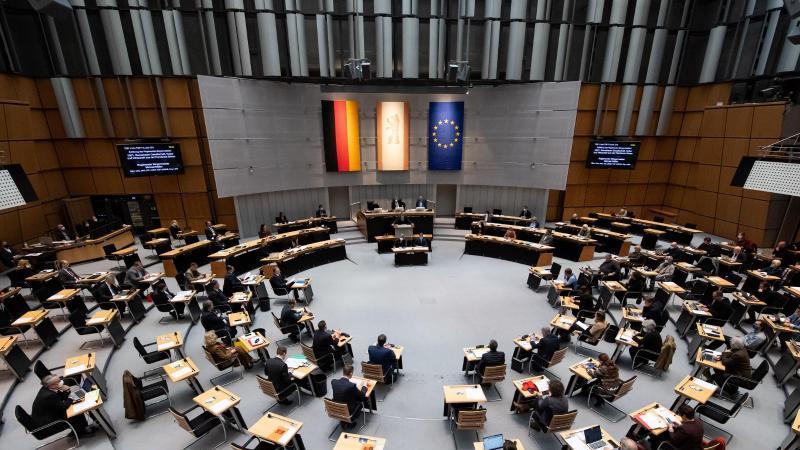 Eine Sitzung im Berliner Abgeordnetenhaus. Foto: Bernd von Jutrczenka/dpa/Archivbild