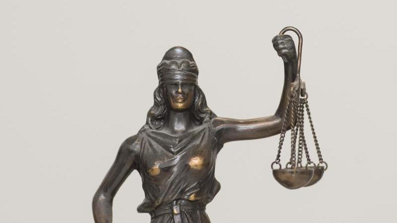 Eine Figur der Justitia. Foto: picture alliance/dpa/Symbolbild