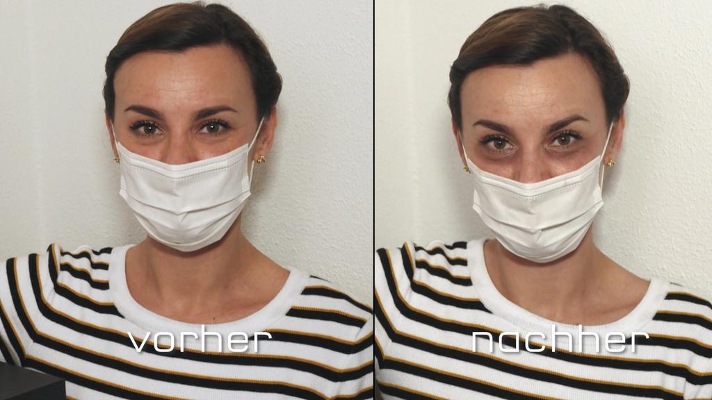 """Claudia probiert den TikTok Trend """"Grunge Look"""" aus und schminkt sich Augenringe ins Gesicht."""
