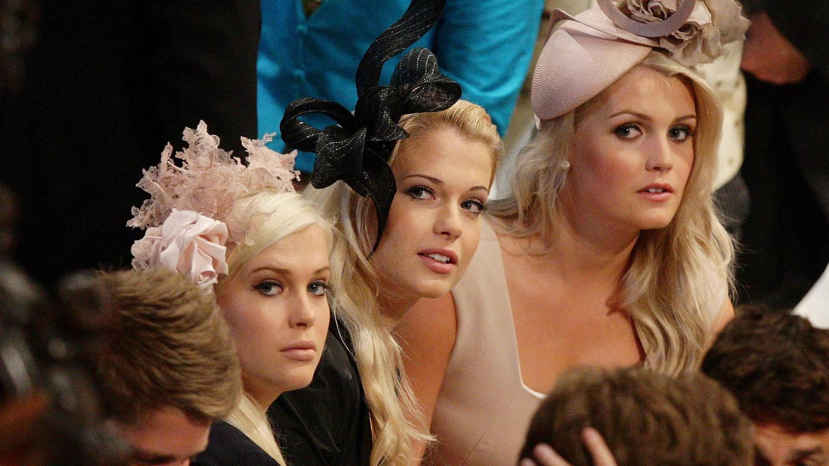 Lady Amelia (l), Lady Eliza (m) and Lady Kitty (r) auf der Hochzeit von William und Kate 2011.