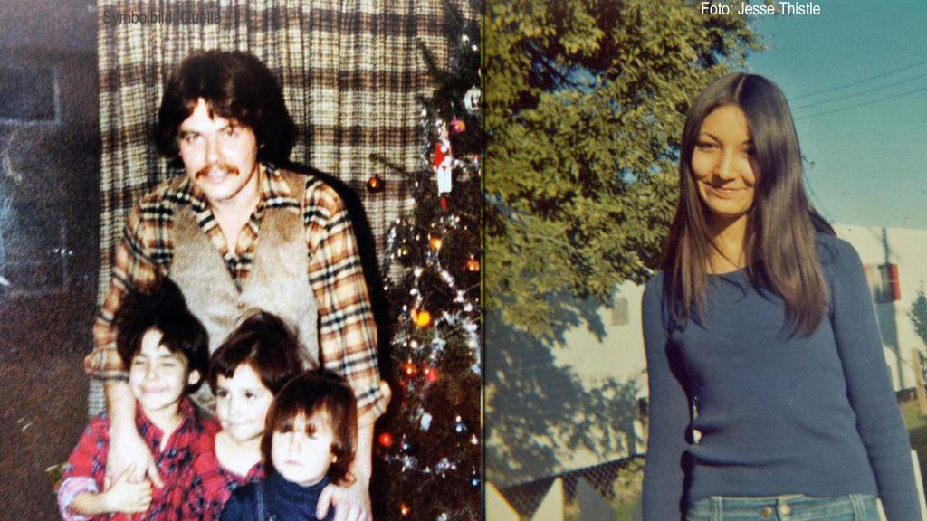 Links Vater Sonny mit den drei Söhnen, rechts Mutter Blanche.