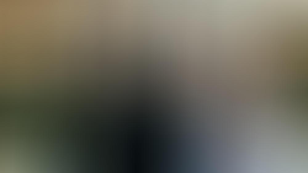 """Im Mittelpunkt von """"Bridgerton"""" stehen Simon Basset (Regé Jean Page) und Daphne Bridgerton (Phoebe Dynevor)."""