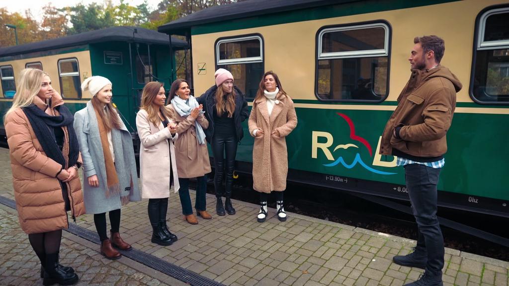 Laura, Esther, Karina, Anna, Mimi und Michèle sind auf dem gruppendate auf Rügen dabei.