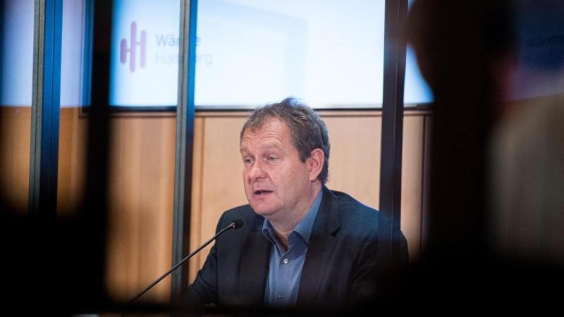Jens Kerstan (Bündnis 90/Die Grünen), Umweltsenator von Hamburg, spricht. Foto: Daniel Reinhardt/dpa/Archivbild