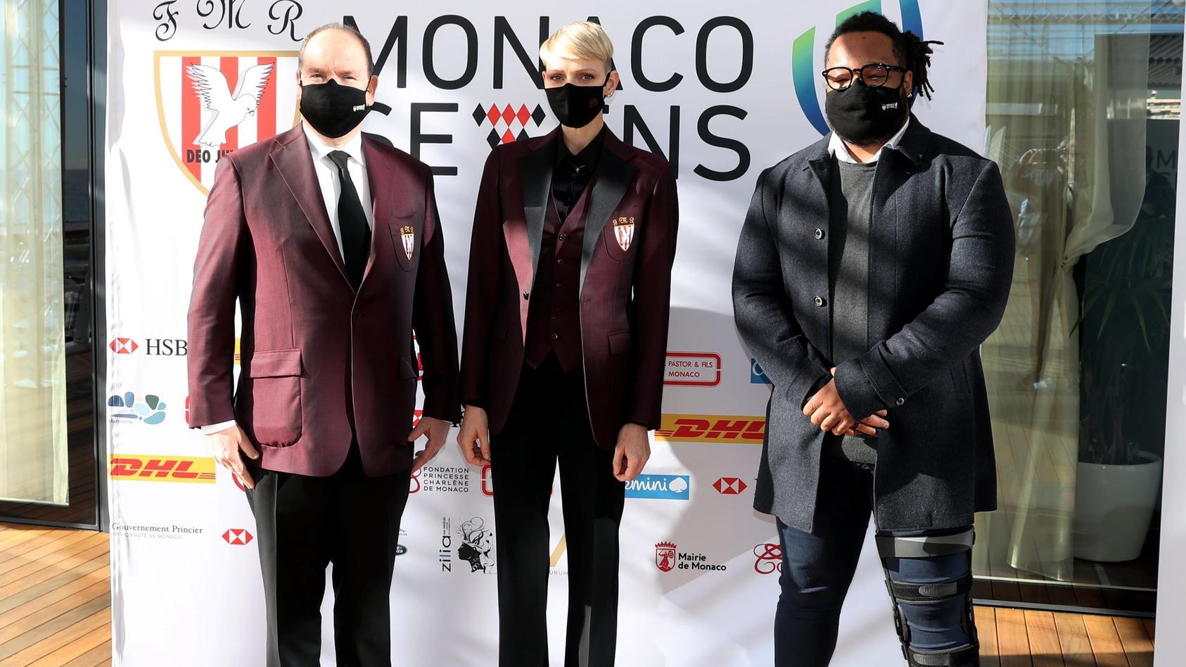 """Fürst Albert und Charlène von Monaco bei der offiziellen Präsentation des Rugby-Turniers """"Monaco Sevens 2021"""" im Yacht Club von Monaco."""