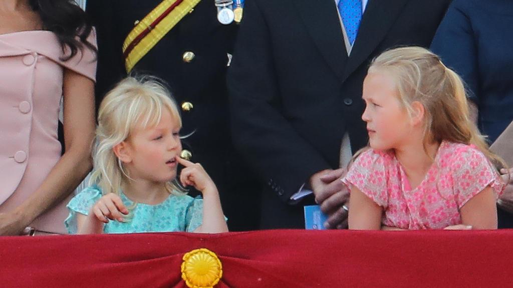 Savannah und Isla bei der Geburtstagsparade der Queen 2018.