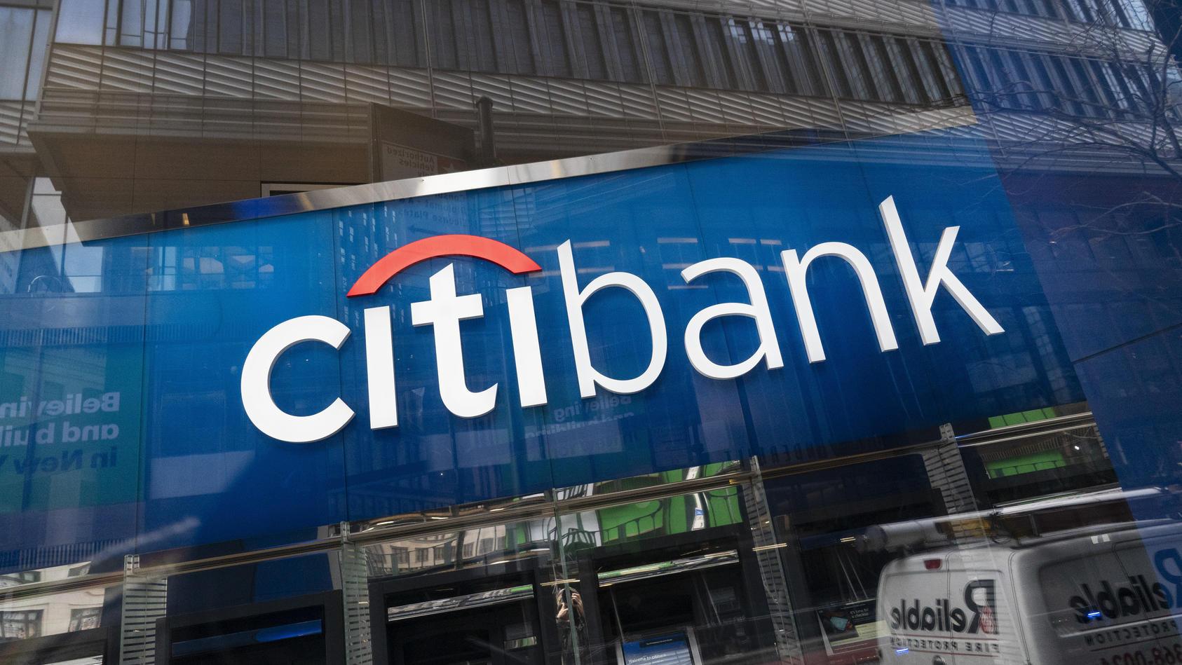 Citibank muss 500 Millionen Euro abschreiben.