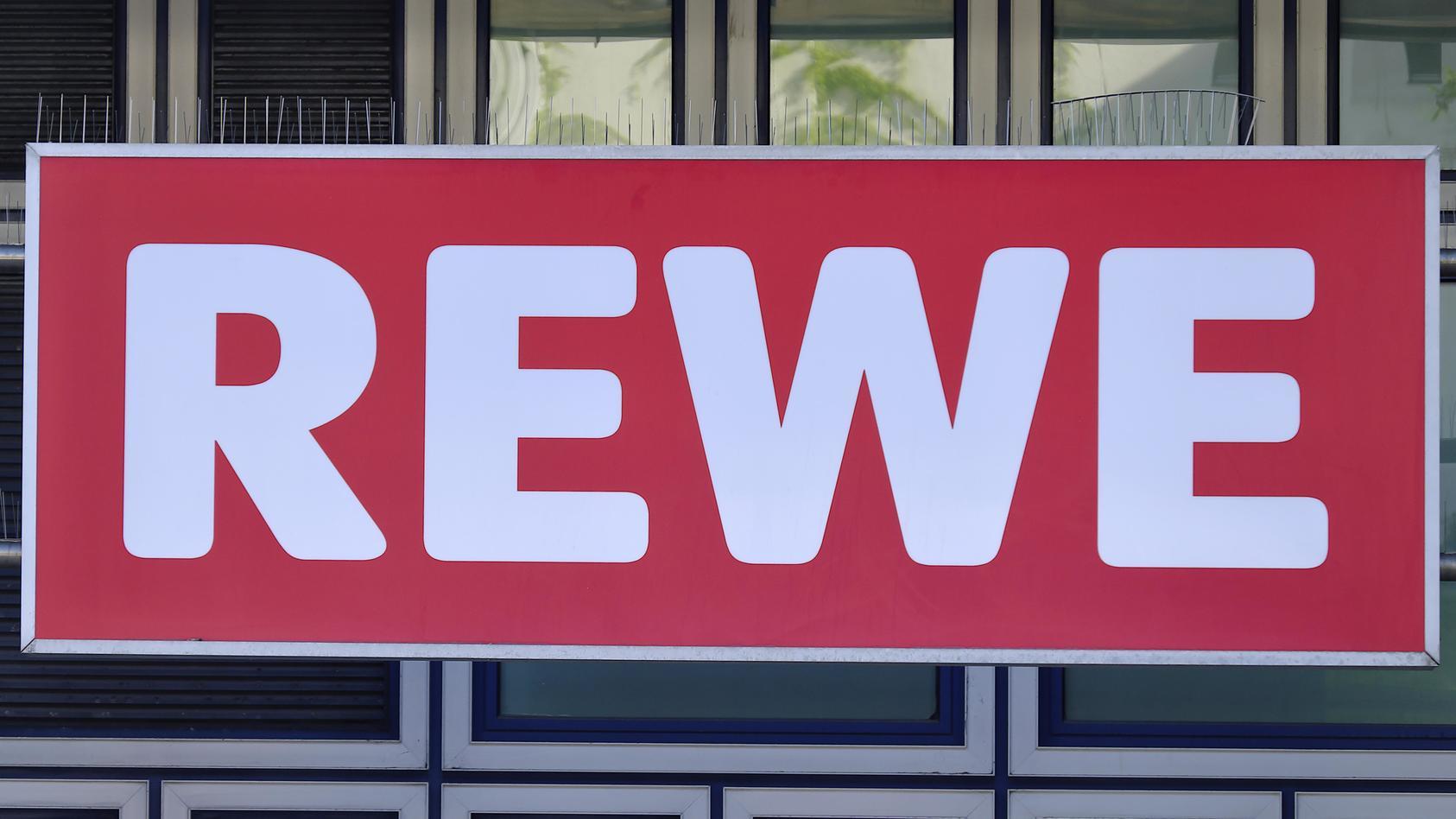 Rewe hat mit den vermeintlichen Gewinnspiel-Mails, die derzeit kursieren, nichts zu tun
