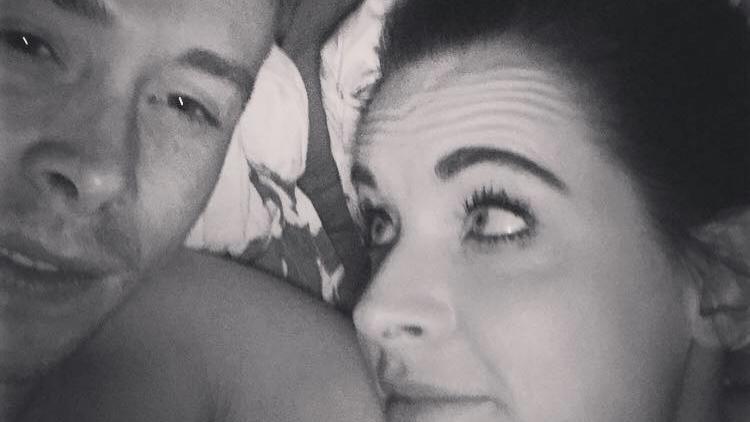 Ryan hat zwei Kinder mit Jess. Seine Familie scheint ihm aber egal gewesen zu sein.
