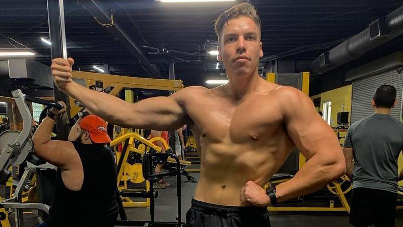 Joseph Baena ist der uneheliche Sohn von Arnold Schwarzenegger.