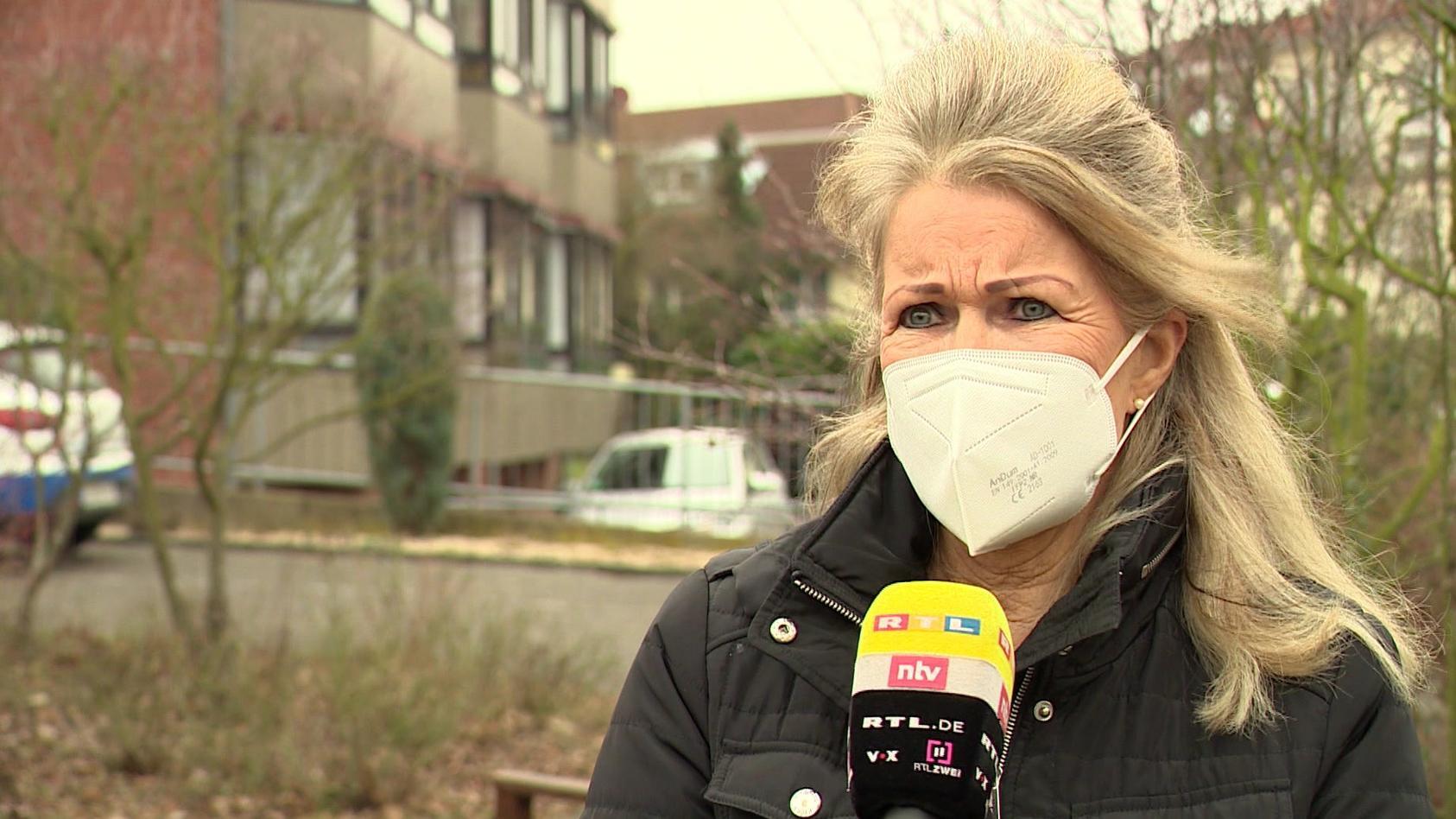 """""""Meine Mutter könnte auf jeden Fall noch leben"""", sagt Angelika Feuser."""