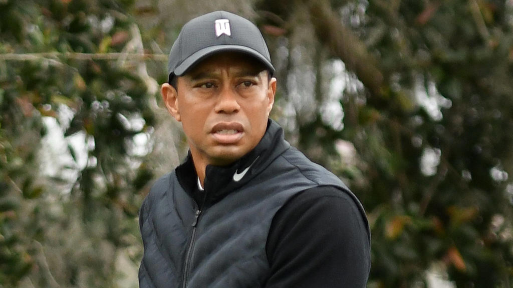 December 17, 2020, Orlando, Florida, United States: Tiger Woods prepares to tee off on the 10th hole during the pro-am round at the PNC Championship golf tournament at the Ritz-Carlton Golf Club. .Woods is paired with his 11-year-old son Charlie Orl