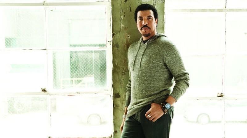 Lionel Richie: Seine 71 Jahre sieht man dem Sänger nicht an!