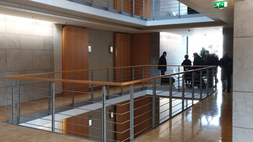 Die Büroräume des Abgeordneten Nüßlein werden durchsucht.