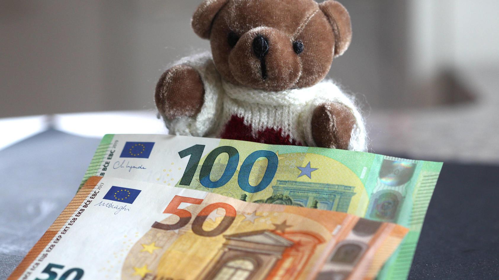 Bundestag: Kinderbonus, Mehrwertsteuer Co. sind beschlossen