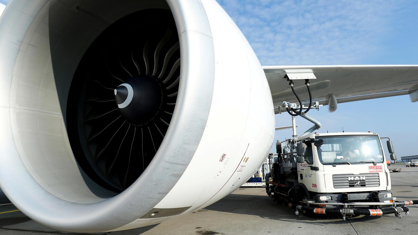 Symbolfoto: Das Triebwerk einer Boeing 777.