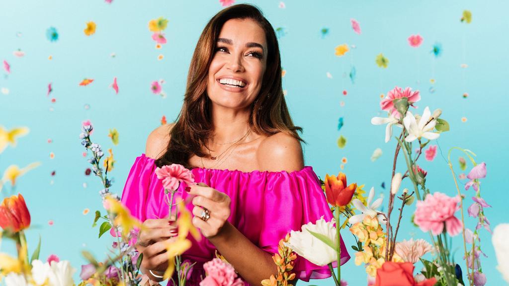 """Jana Ina Zarrella moderiert die 5. Staffel von """"Love Island – Heiße Flirts und wahre Liebe""""."""