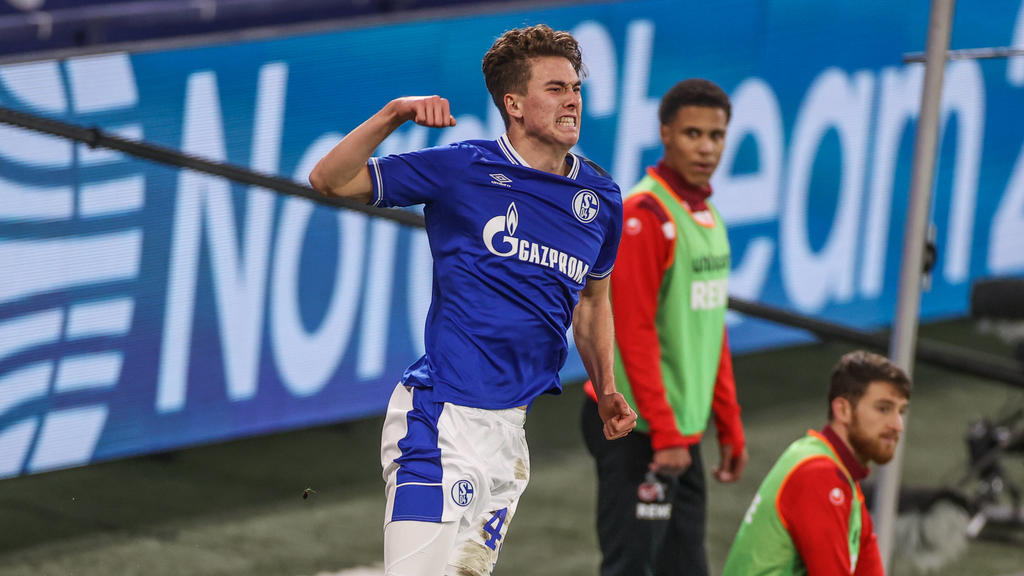 FC Schalke 04 - 1. FC Köln 20.01.2021, Fussball, Saison 2020/2021, 1. Bundesliga, 17.Spieltag, FC Schalke 04 - 1. FC Köln, Matthew Hoppe FC Schalke 04 jubelt nach dem Treffer zum 1 zu 1. Tim Rehbein/RHR-FOTO/Pool DFL REGULATIONS PROHIBIT ANY USE O