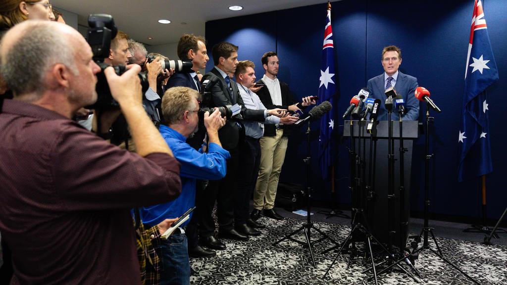 Nach Medienberichten über Vergewaltigungsvorwürfe berief Australiens Generalstaatsanwalt Christian Porter eine Pressekonferenz ein, um Stellung zu beziehen.