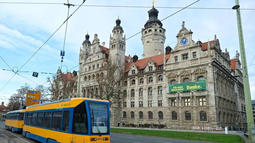 Im Neuen Rathaus in Leipzig beschäftigt ein Antrag der Freibeuter die Beamten.