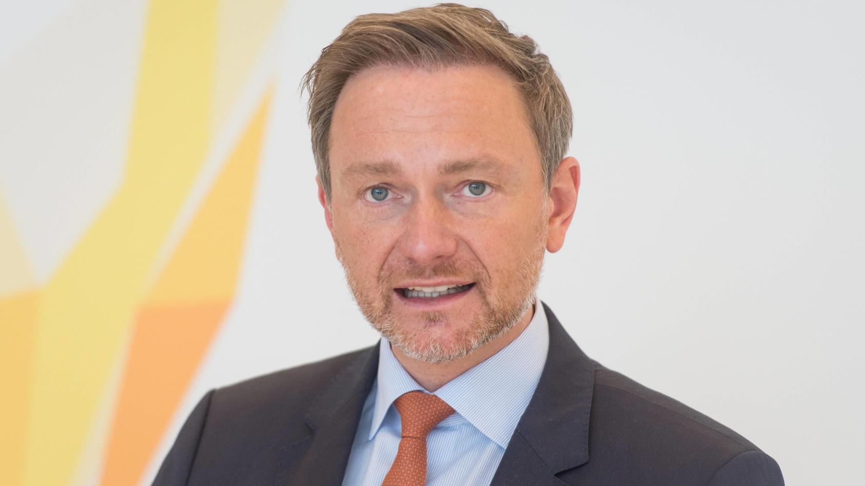 FDP-Parteichef Christian Lindner fordert einen Sonderermittler für den Masken-Beschaffungsprozess der Bundesregierung.