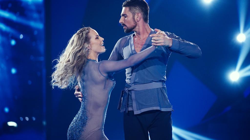 """Bei """"Let's Dance"""" 2019 sorgten Isabel Edvardsson und Benjamin Piwko für Gänsehaut-Momente."""
