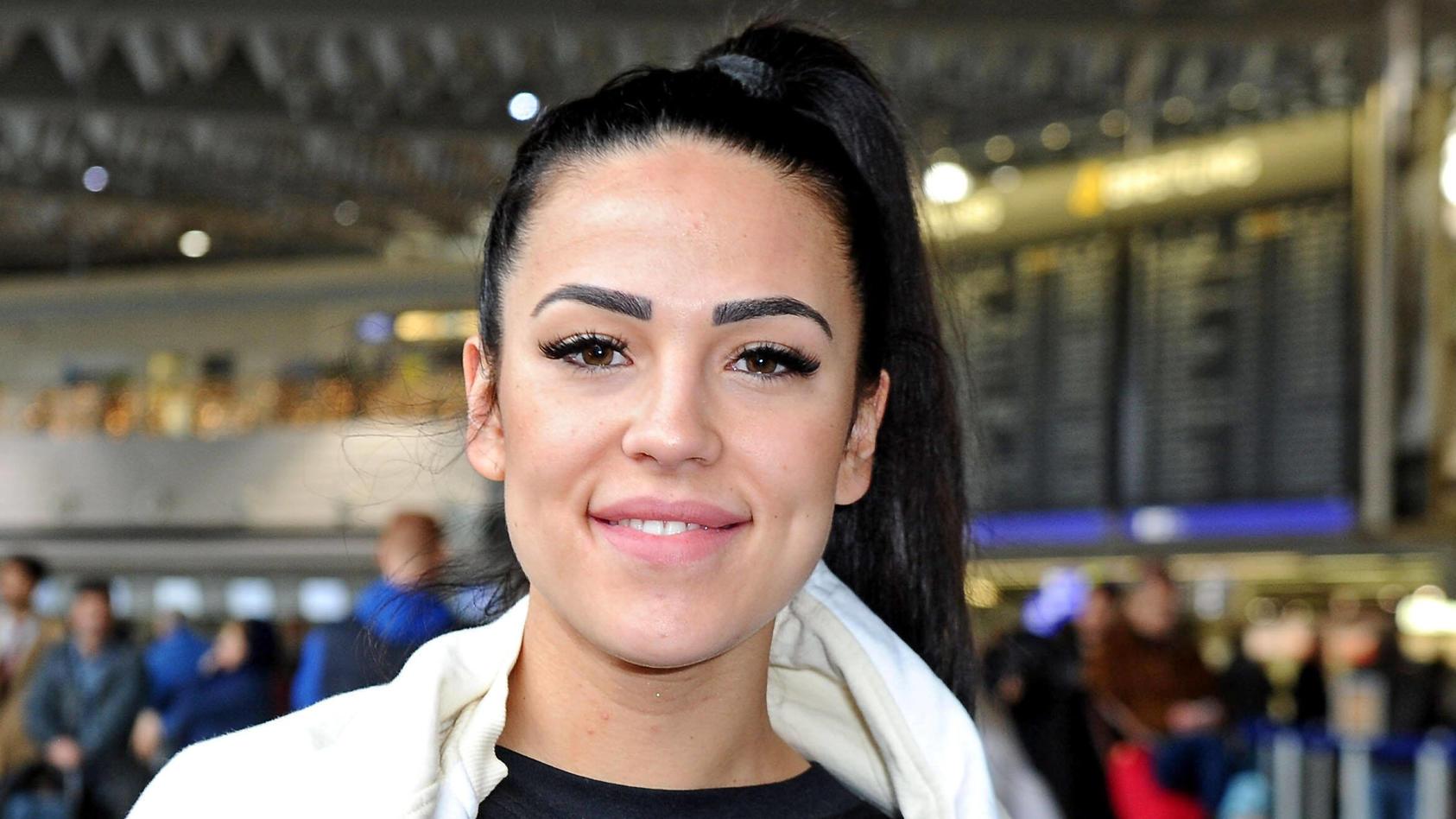 Elena Miras und Xellen7 sind im gemeinsamen Dubai-Urlaub.