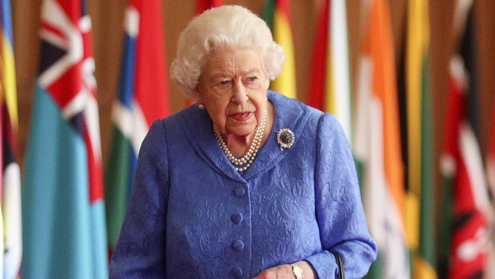 Die Queen äußert sich zu den Vorwürfen, die Prinz Harry und Herzogin Meghan dem Palast gegenüber aufgeworfen haben.