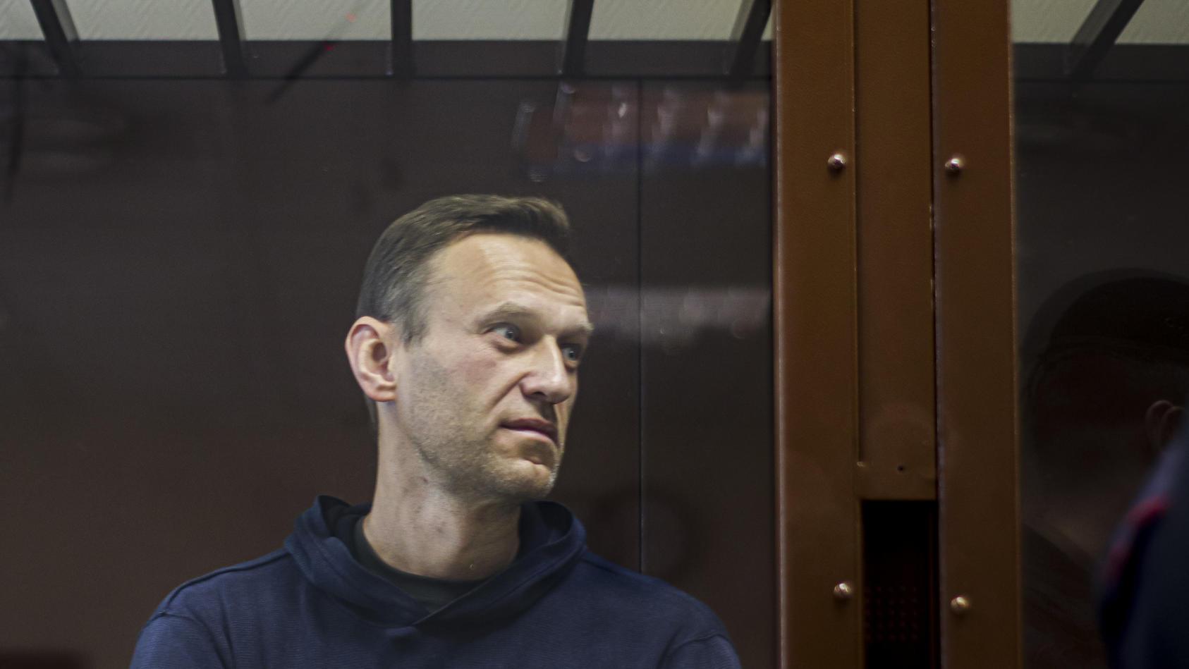 Es ist amtlich: Kremlgegner Alexej Nawalny wurde nun in eines der gefürchteten Haftanstalten Russlands gebracht, dass Ähnlichkeit mit einem KZ aufweist.