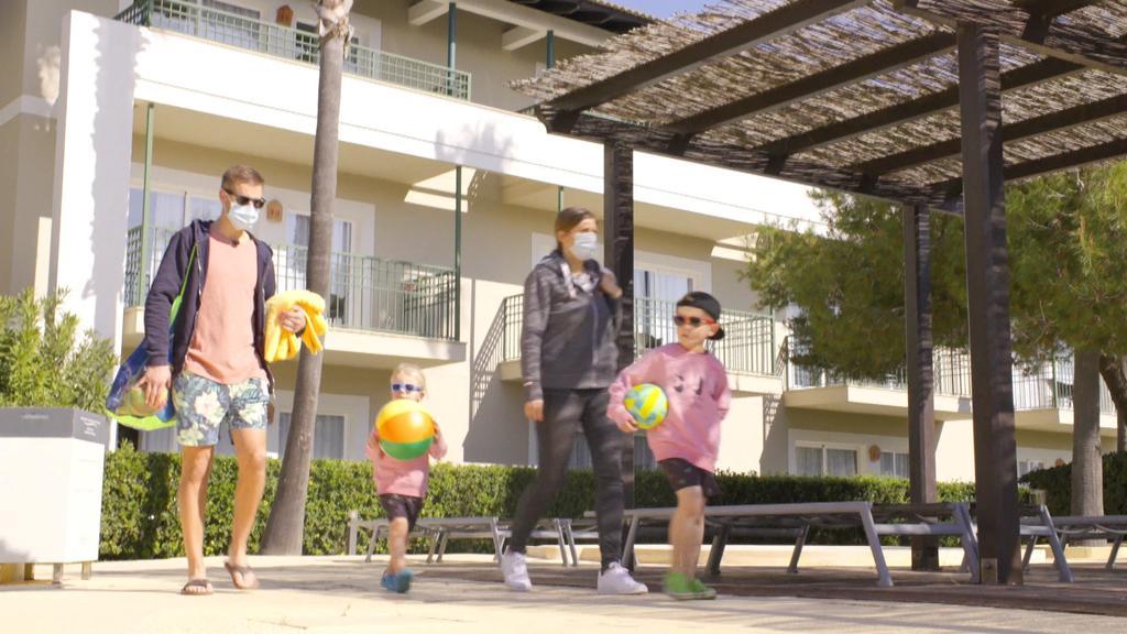 Familie Gehrmann ist trotz Corona nach Mallorca geflogen und fühlt sich sicher.