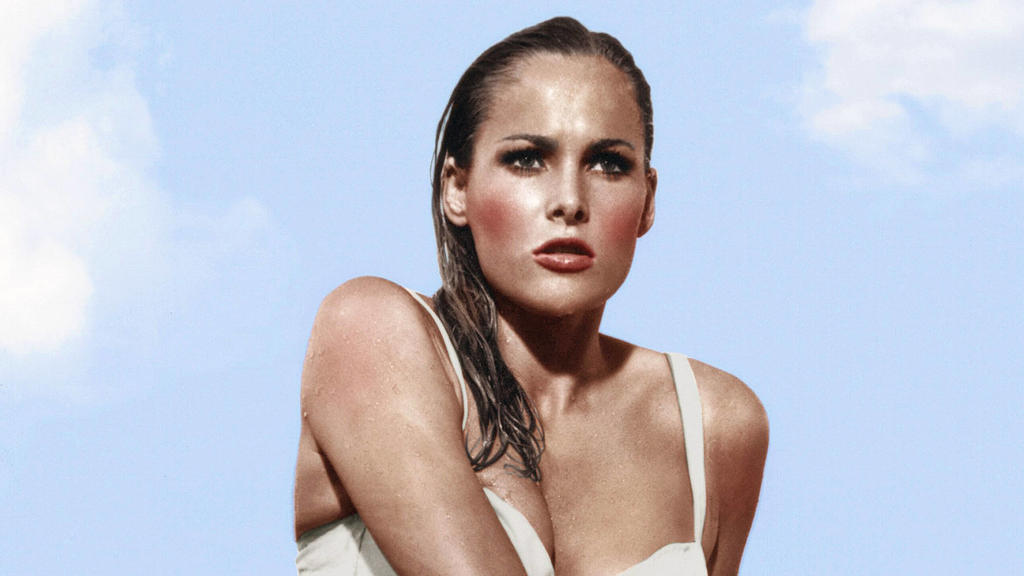 Ursula Andress as Honey Ryder, Dr. No 1962 United Artists File Reference 33962-192THA Hollywood CA USA PUBLICATIONxINxGERxSUIxAUTxONLY Copyright: xCinemaxLegacyxCollection/ThexHollywoodxArchivex 33962192THA