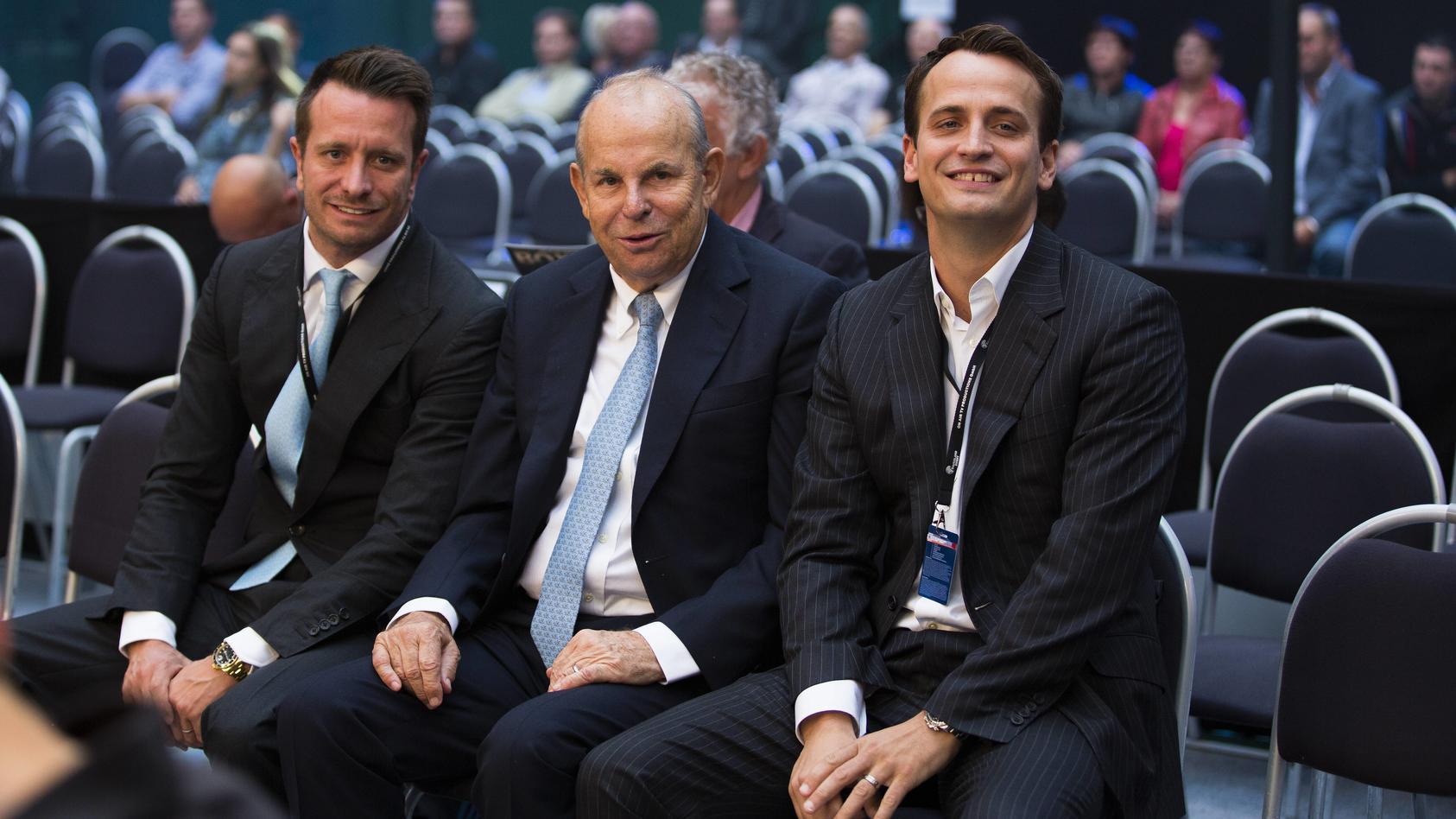 Kalle, Wilfried Sauerland und Nisse Sauerland (v. r.)