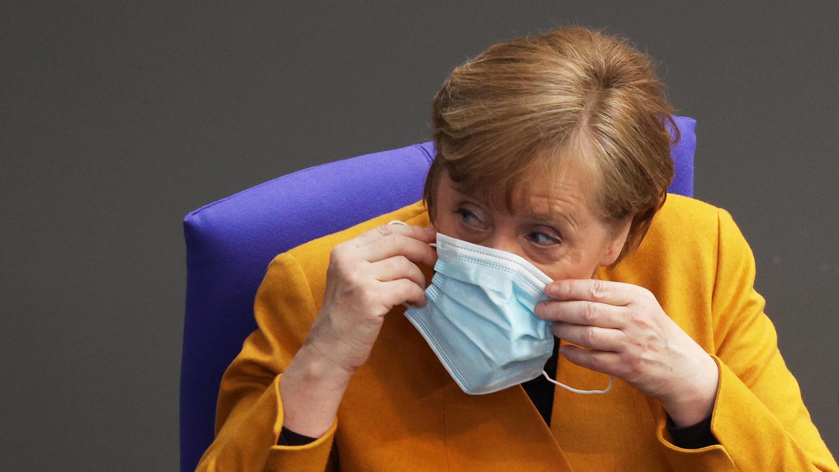 Bundeskanzlerin Angela Merkel soll am Freitag über AstraZeneca-Gefahr informiert worden sein.
