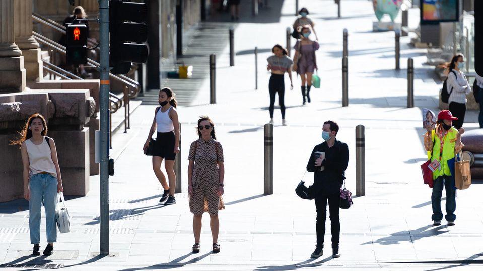 Normalität auf den Straßen: Australien wählte die No-Covid-Strategie und zählt neben Neuseeland und Nordkorea zu den Ländern, die die Krise wirtschaftlich bisher am besten überstanden.