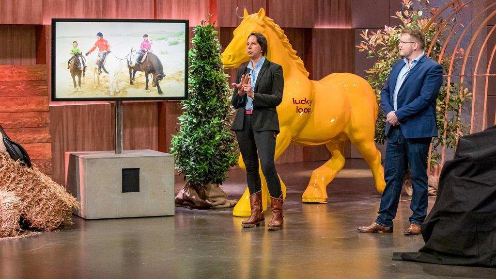"""""""lucky loop"""": Sitzfläche, die Pferdebewegungen simuliert"""