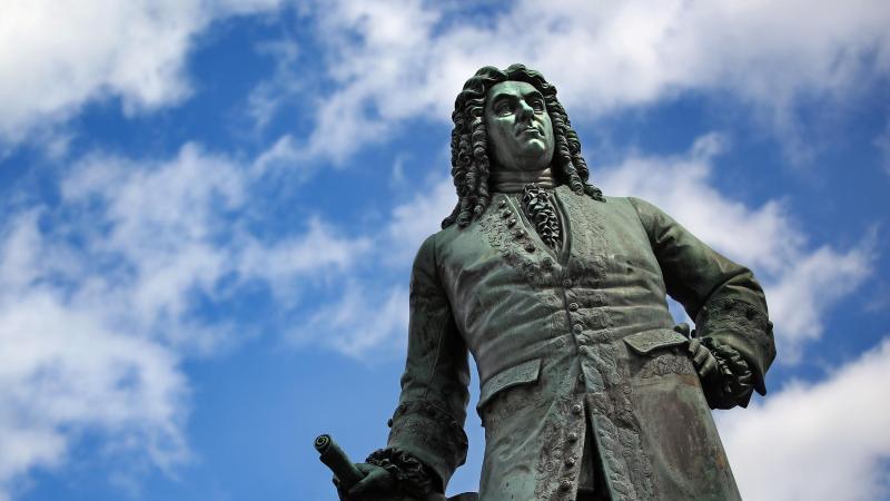 Das Denkmal von Georg Friedrich Händel in Halle. Foto: Jan Woitas/dpa-Zentralbild/dpa