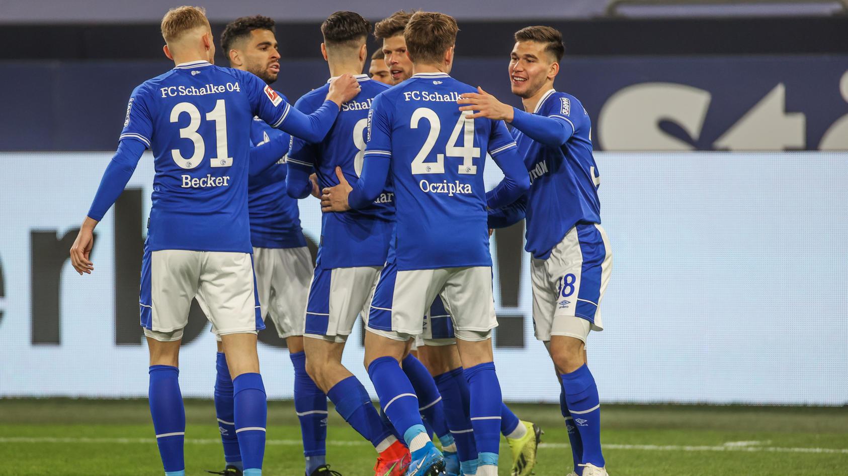 Schalke bejubelt das 1:0 gegen Augsburg