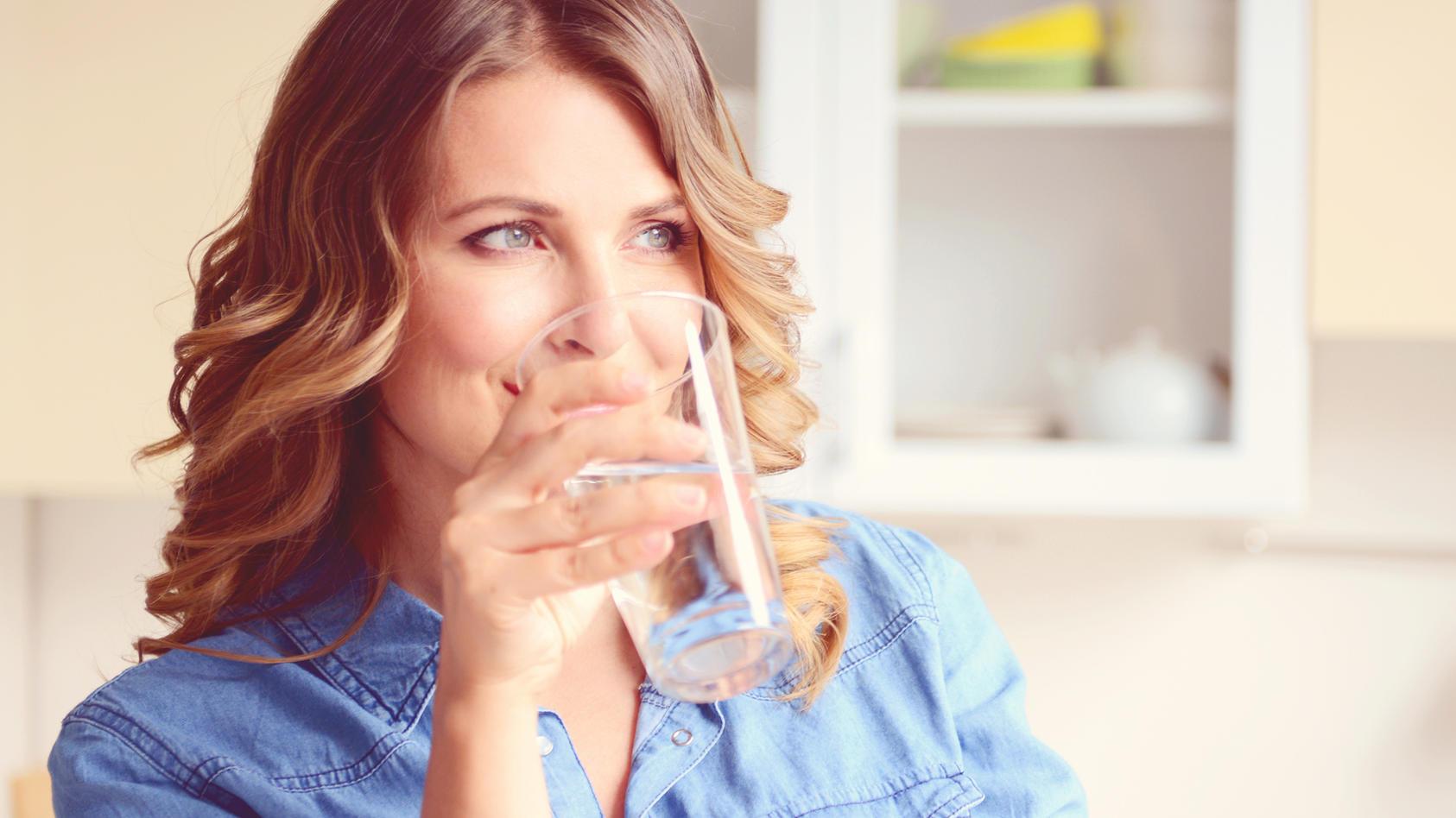 Ein neuer Trend? Der Trinkwasserverbrauch pro Einwohner ist während Corona deutlich gestiegen.