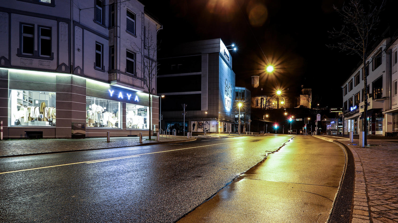 So könnte es bald in den Abendstunden in vielen deutschen Städten aussehen. Eine Ausgangssperre von 21:00 Uhr - 05:00 Uhr steht zur Diskussion.