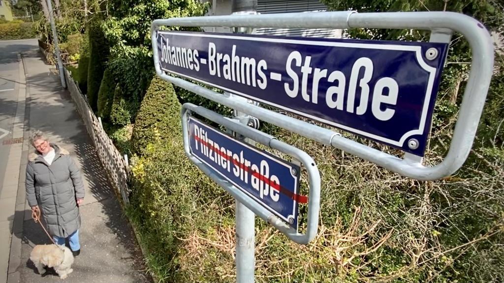 Anwohnerin Claudia Neumeister will gerne auch weiter in der Pfitznerstraße leben.