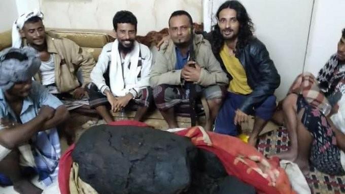 Fischer im Jemen haben einen riesigen Brocken Ambra in einem Pottwal gefunden und sind durch den Verkauf reich geworden.