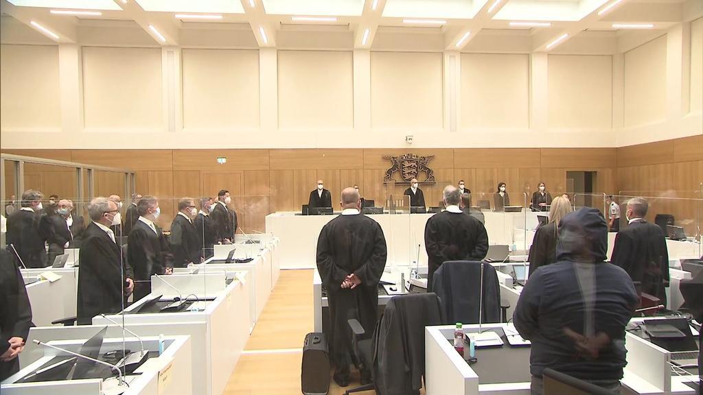 """Prozessauftakt Stuttgart: Rechte Terrorgruppe wollte """"demokratisches System abschaffen"""""""