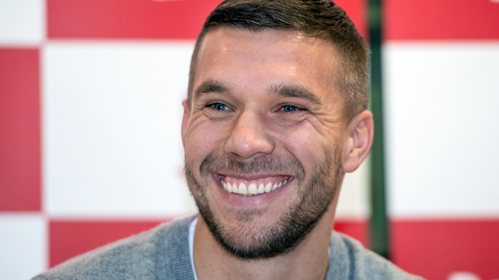 Lukas Podolski gratuliert seinem Teenager-Sohn mit Erinnerungsfotos an einen großen Erfolg
