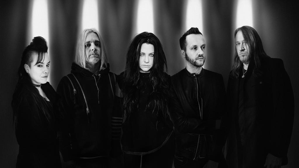 Evanescence (v.l.): Jen Majura, Will Hunt, Amy Lee, Tim McCord, Troy McLawhorn