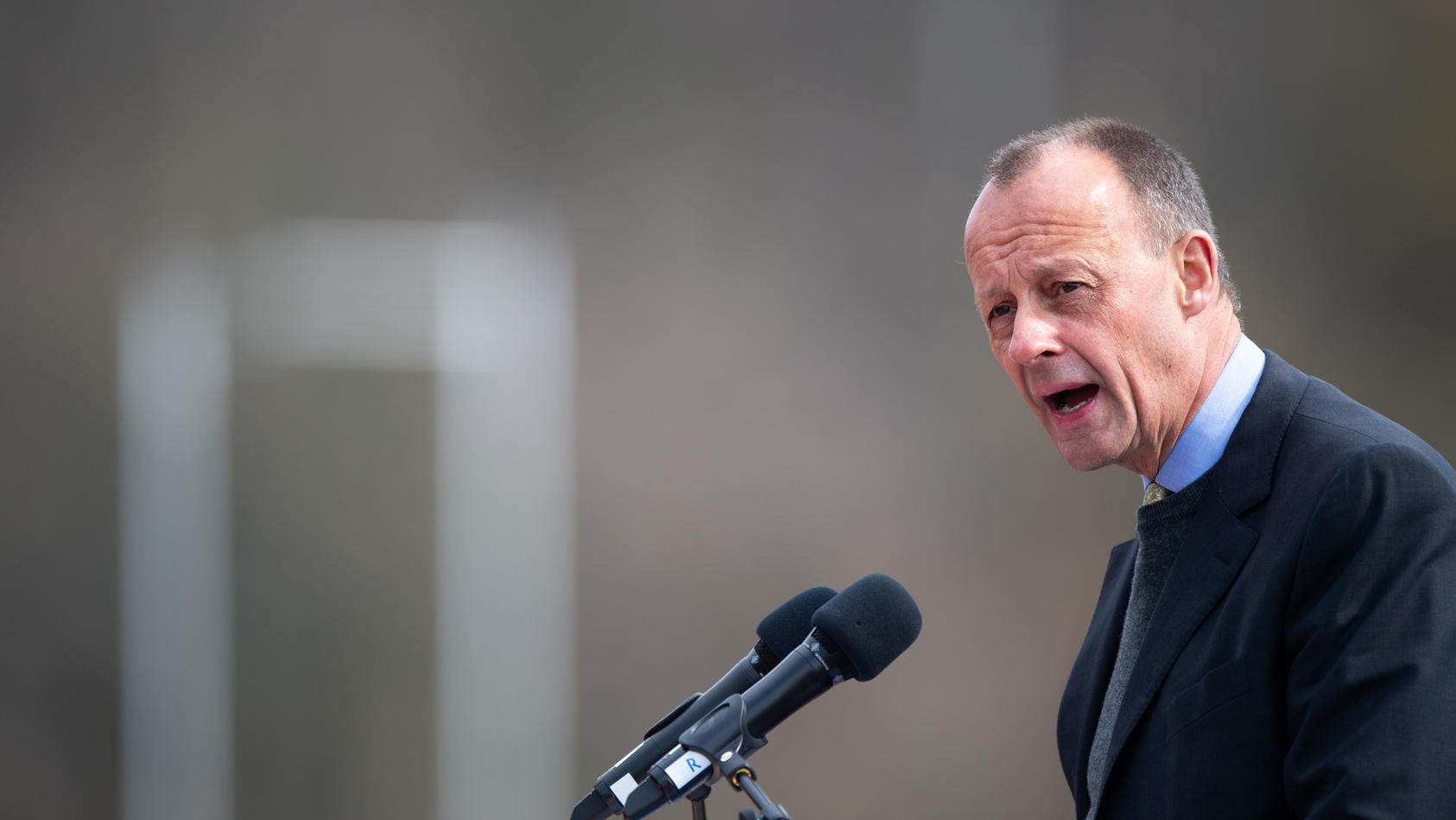 Versammlung der CDU im Hochsauerlandkreis vor der Bundestagswahl: Friedrich Merz gewinnt die Kampfabstimmung.