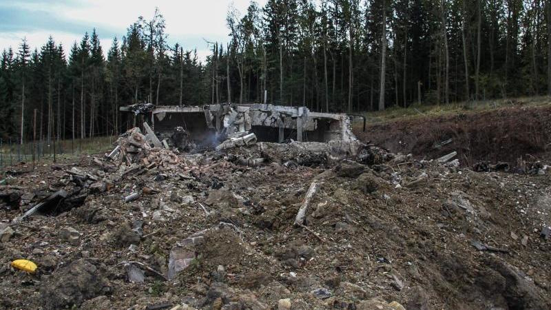 Das zerstörte Munitionslager in Vrbetice im Osten Tschechiens. Foto: Czech Republic Police / Handout/CZECH REPUBLIC POLICE/dpa