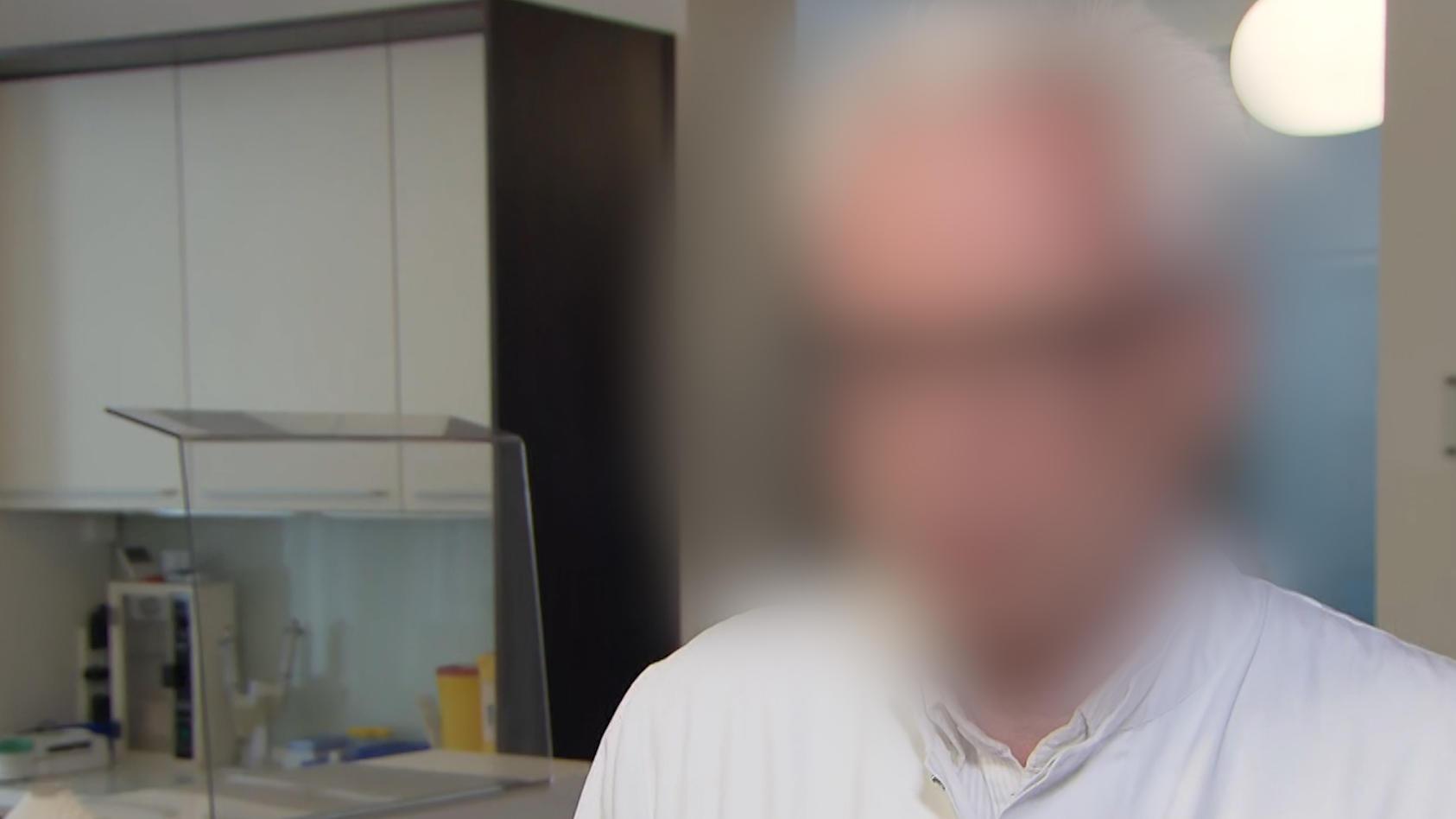 Dr. Karl J. wird sexueller Missbrauch vorgeworfen