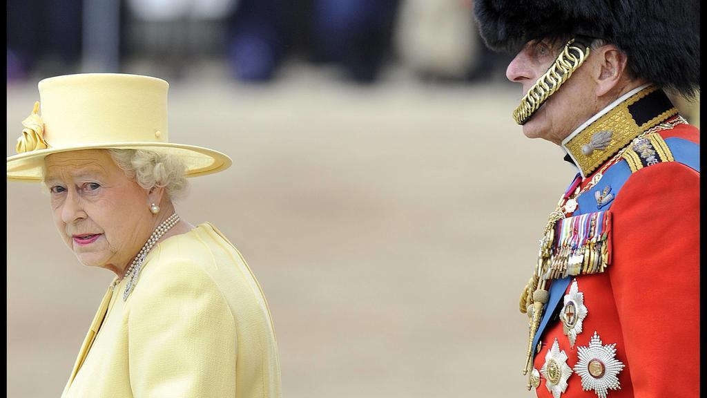 """Queen Elizabeth II und Prinz Philip bei """"Trooping the Colour"""", der traditionellen Geburtstagsparade für die Königin im Juni."""