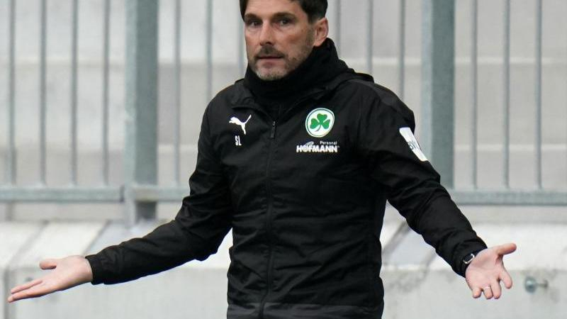 Fürths Trainer Stefan Leitl. Foto: Thomas Frey/dpa/archivbild