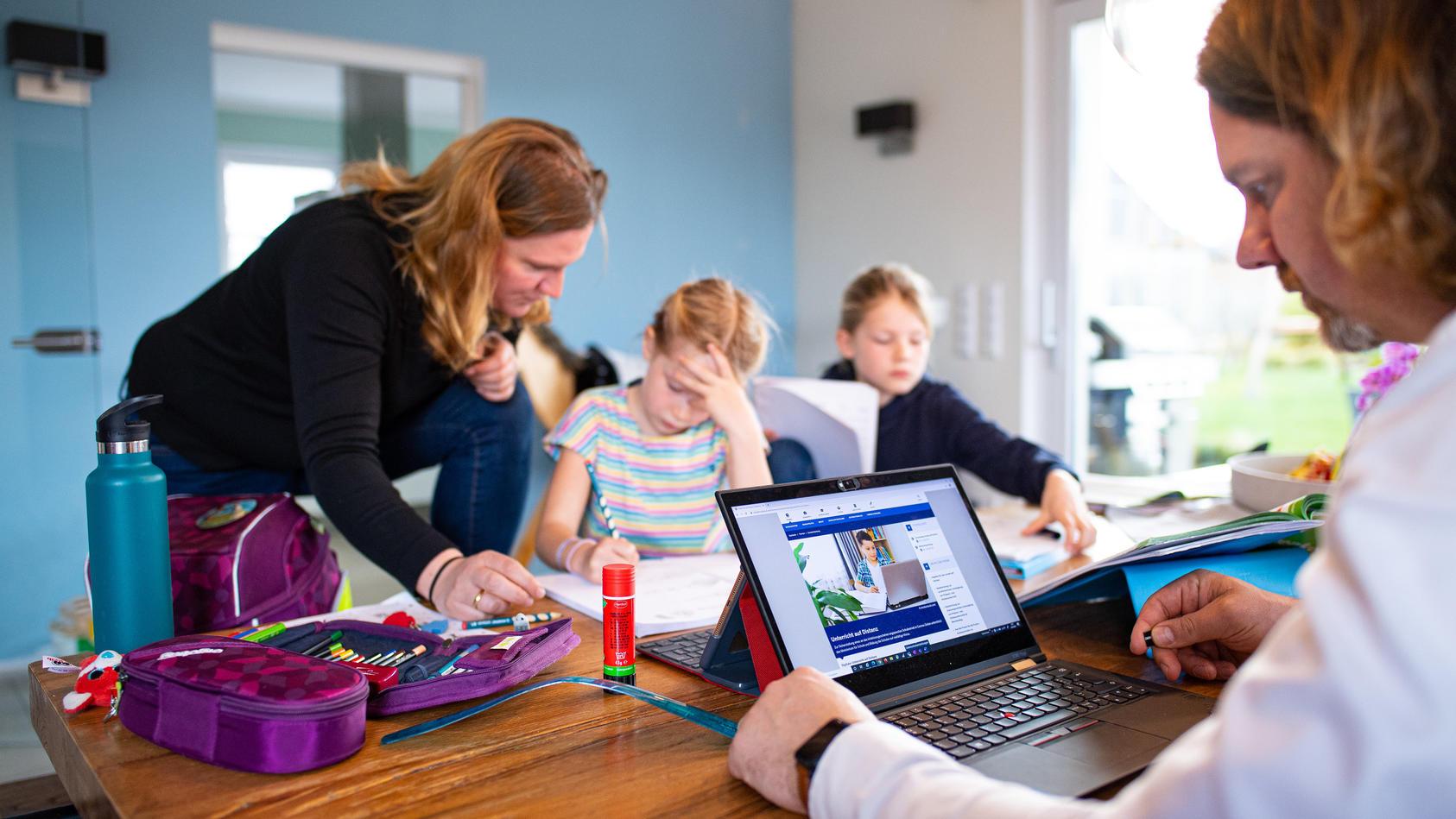Für das Jahr 2021 gibt es einen Corona-Kinderbonus von 150 Euro pro Kind.